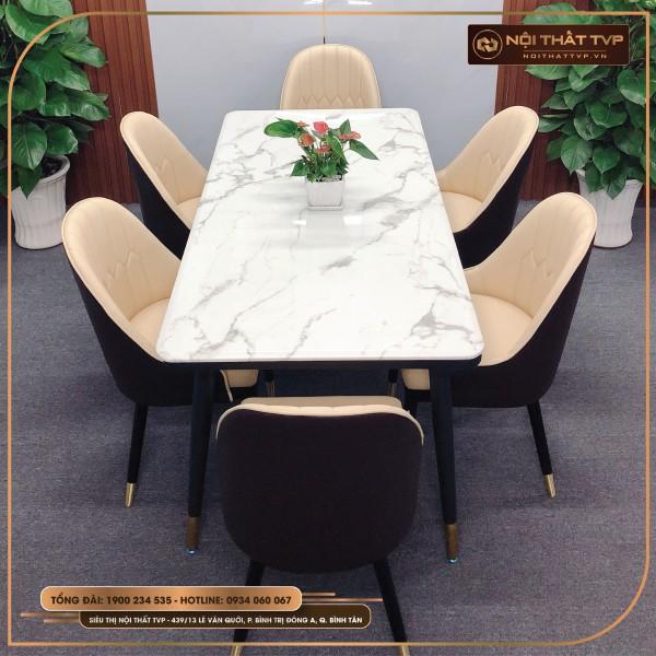 Bộ bàn ăn 4 người bàn mặt đá - chân sắt bọc đồng, ghế tân cổ điển Otomo chân chụp đồng TVP - màu kem