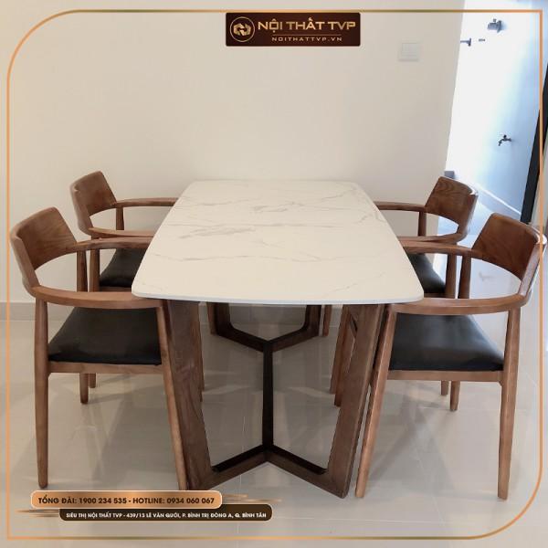Bộ bàn ăn Concorde 4 ghế mặt đá Marble trắng vân mây, ghế Hiroshima gỗ cao su, bọc da cao cấp