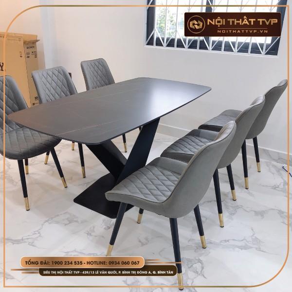 Bộ bàn ăn mặt gốm Ceramic, chân sắt chéo chữ X, Ghế Loft trám - bọc vải Microfiber chống cháy, chân inox mạ titan TVP - xám