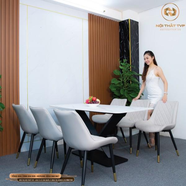 Bộ bàn ăn 6 ghế mặt gốm Ceramic xám, chân cánh bướm, ghế Loft trám bọc da Microfiber chống cháy, chân inox mạ titan - xám nhạt