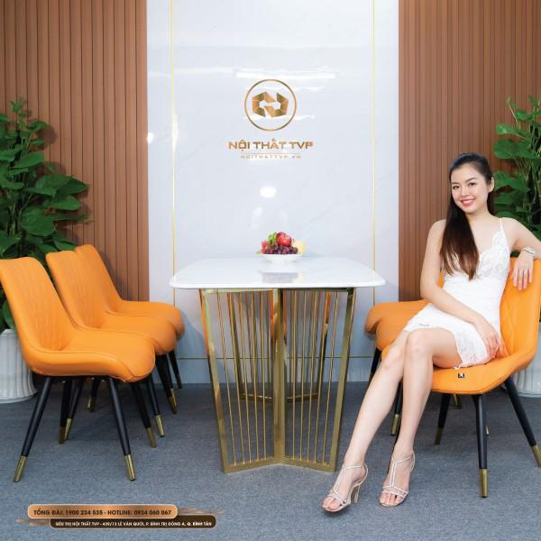 Bộ bàn ăn 6 ghế mặt đá Marble trắng, chân inox mạ vàng, ghế Loft trám bọc da Microfiber chống cháy, chân inox mạ titan - cam tươi